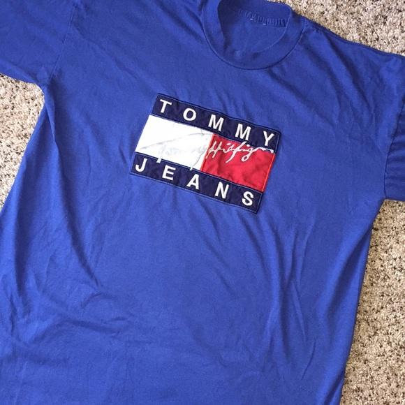 06452285 Vintage Tommy Hilfiger Spell out Flag Logo Shirt. M_5af4c5322ae12feabb74bf06